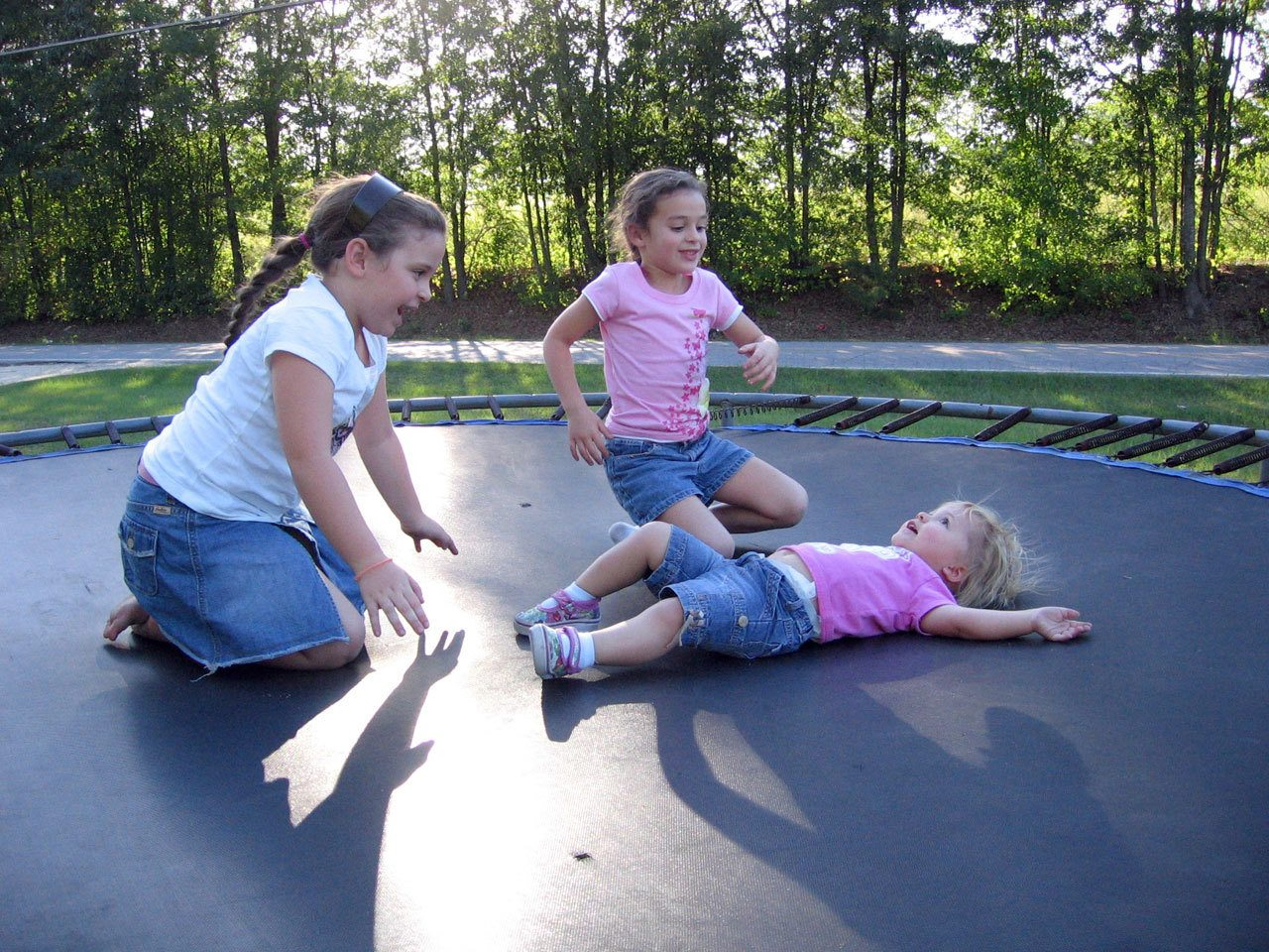 kids are playing on bounce pro trampoline